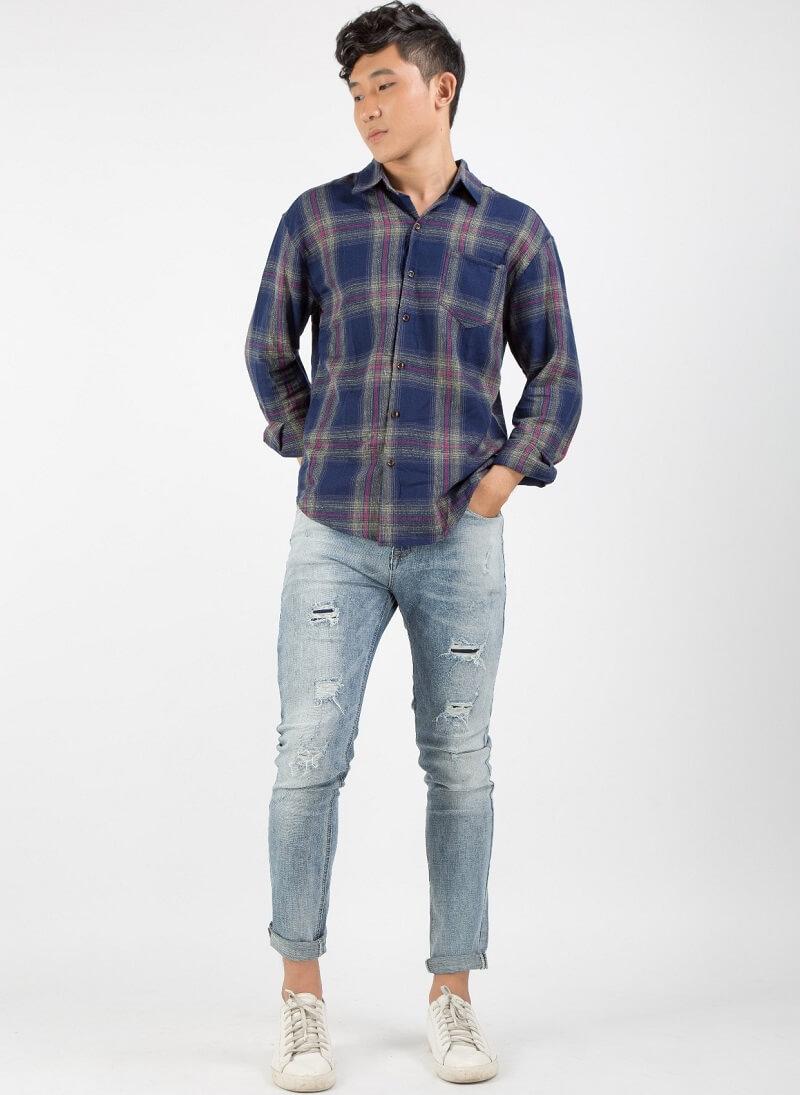 Phủi bụi phong cách với quần skinny jeans rách