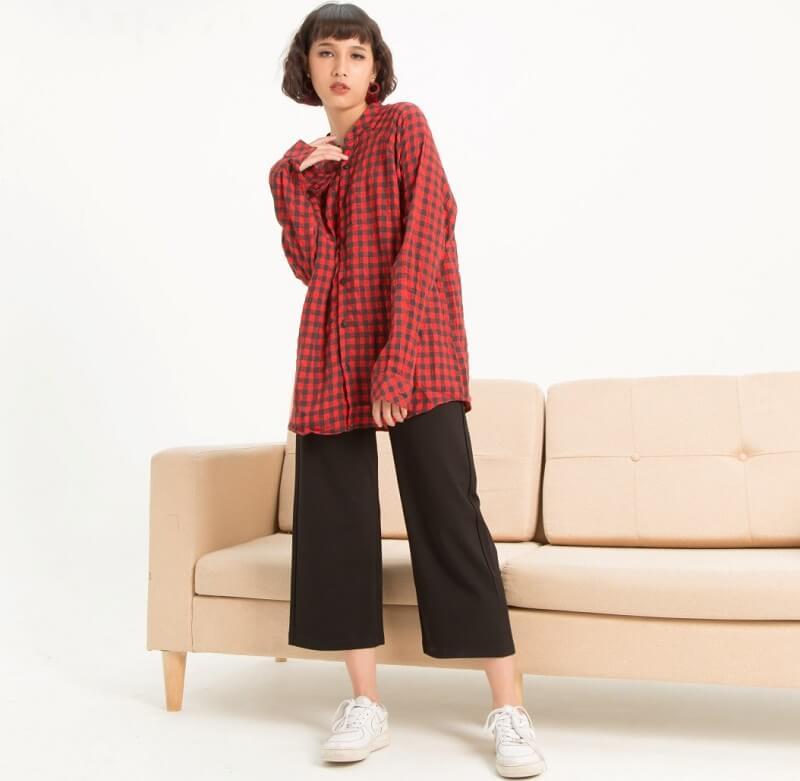 Phối áo sơ mi flannel với quần culottes vừa trẻ trung vừa hiện đại