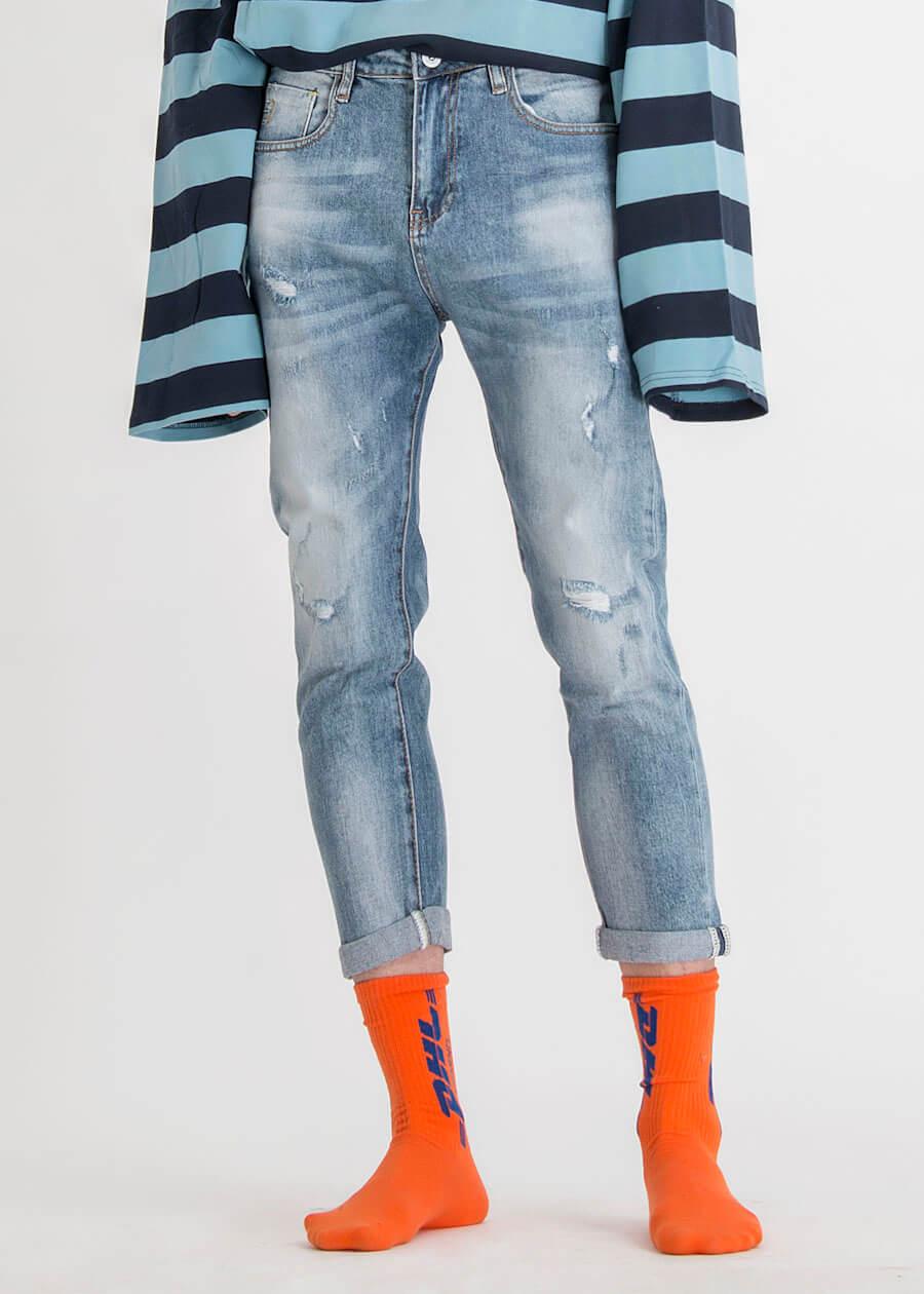 Quần slim fit là kiểu quần jean phổ biến nhất hiện tại