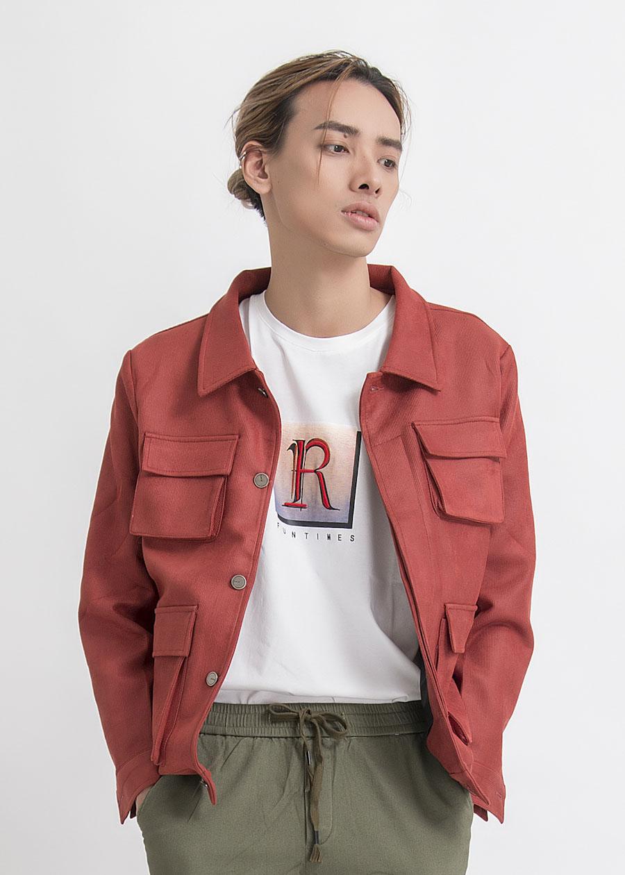 Mẫu áo khoác da lộn túi hộp cực kỳ phong cách