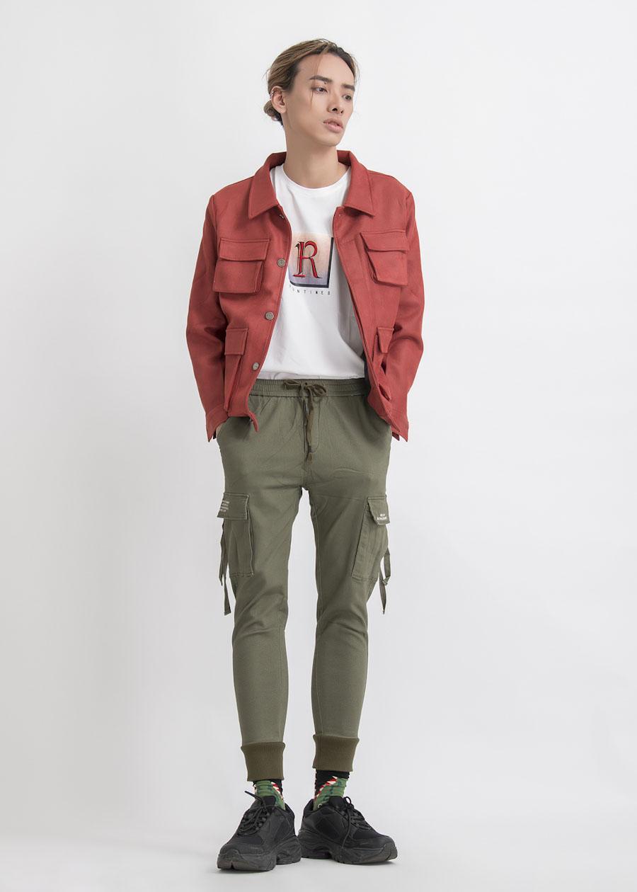 Cá tính với jogger cùng áo khoác *(jackets)