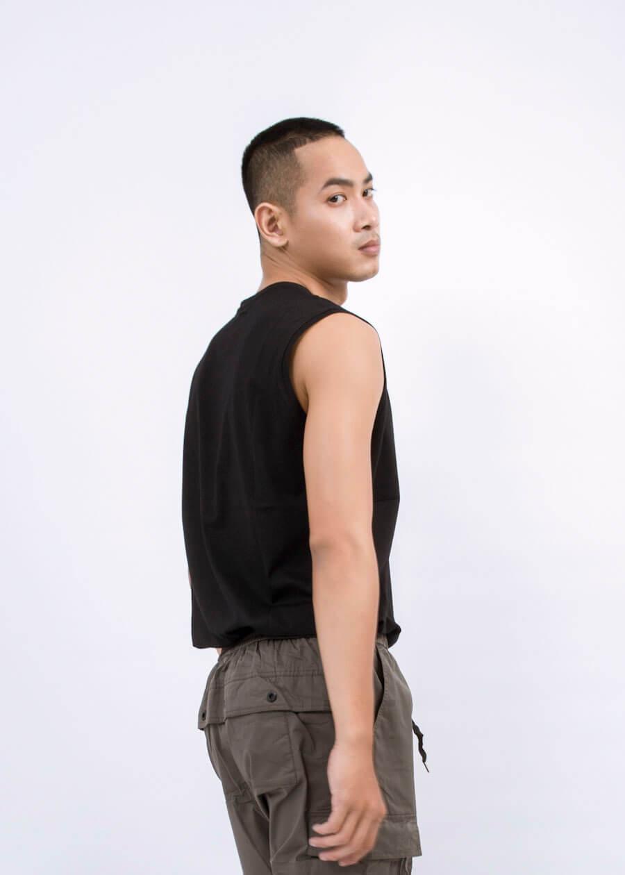 Phân biệt tank top với áo undershirt