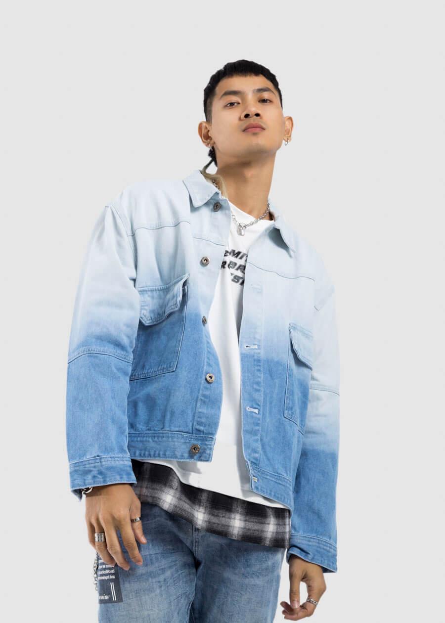 Áo khoác jean (denim jacket) rách in họa tiết