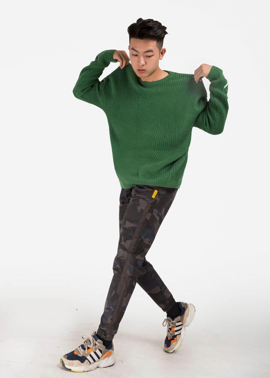 X10 tiền lì xì với bộ đôi gồm quần jogger kết hợp cùng sweater
