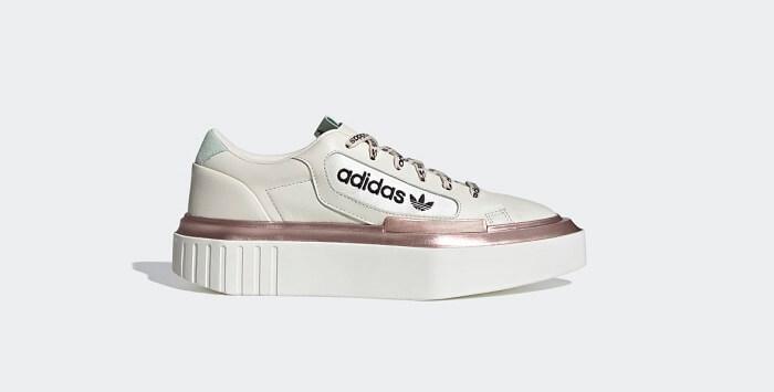 Giày Adidas - hãng giày thể thao nổi tiếng