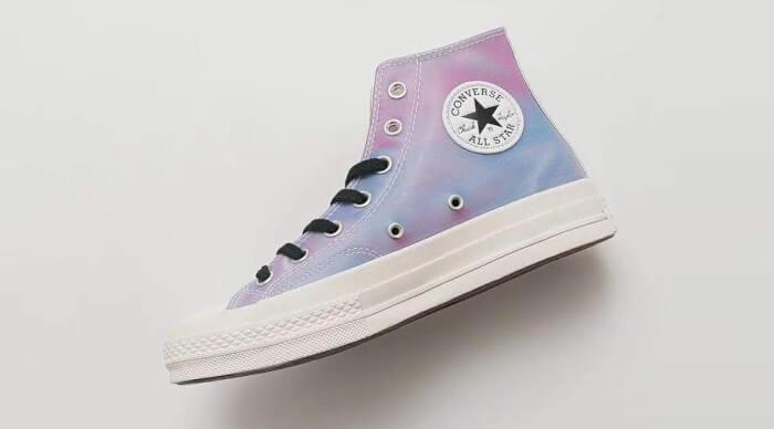 Giày Converse - hãng giày thể thao nổi tiếng