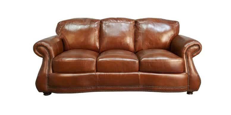 """Leather là gì? Tìm hiểu """"tất tần tật"""" về loại vải siêu phổ biến này"""