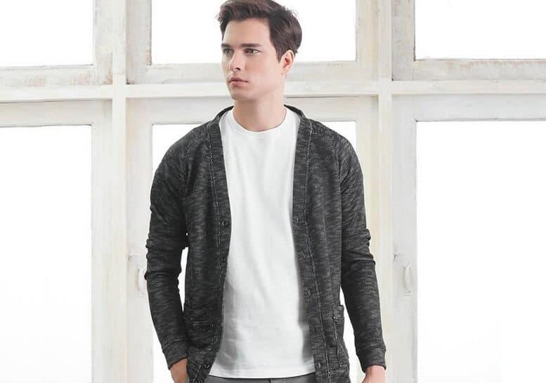 Áo cardigan và sweater giống khác nhau như thế nào?