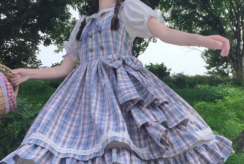 Quá trình hình thành của phong cách thời trang Lolita